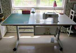 Quilting Cutting Table by Favorite Notions Modafabrics