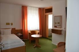 Spielbank Bad Neuenahr Barrierefreie Einzel Oder Doppelzimmer Im Hotel Klement Bad Neuenahr
