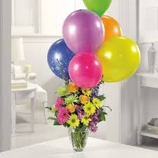 balloon delivery vancouver wa mixed vase with balloon bouquet birthdays anniversarys