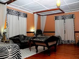 Zebra Print Room Decor by Zebra Bedroom Decor Perfection And Beauty Amazing Home Decor