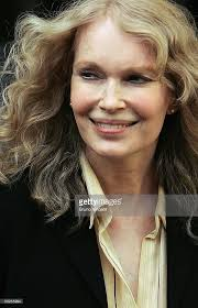 Michael Burry Vanity Fair Fotos E Imágenes De Mia Farrow And Deborah Tate Depart From