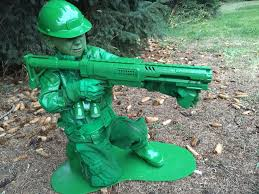 Green Army Man Halloween Costume Plastic Army Man Living Statue Costume 5 Steps Pictures