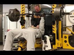 watch nfl linebacker james harrison crush a 425 lb bench press
