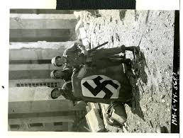 Italian Fascist Flag Us Soldiers Holding A Flag In Latina Italy On 26 May 1944