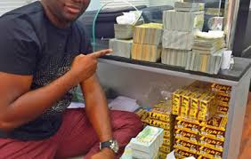 bureau de change malaysia meet mompha the richer than malaysian big boy hushpuppi photos