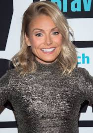 hair color kelly ripa uses kelly ripa talks about stalking old pictures of herself on
