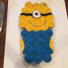 minion cupcake cake chelseas treats cupcake cakes