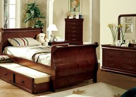 Platform Sleigh Bed Louis Philippe Jr Cherry Finish Platform Sleigh Bed W Trundle