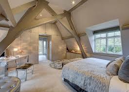 chambre poutre apparente design interieur plafond poutre apparente chambre coucher meubles