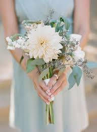simple wedding bouquets best 25 bridesmaid flowers ideas on 重庆幸运农场倍投