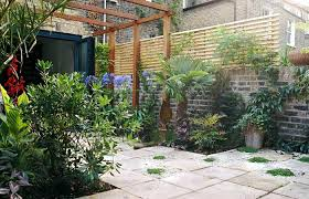 Furniture Courtyard Design Ideas Small by Small Corner Courtyard Idea With Metal Furniture For Striking Look