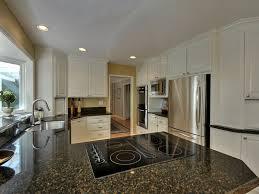 pls show me your white kitchens