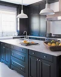 comment repeindre une cuisine en bois repeindre sa cuisine en noir 9 10005258 comment relooker une