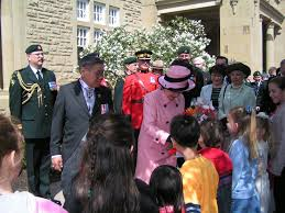 Queen Elizabeth Ii House by 2005 Royal Tour To Alberta Lg