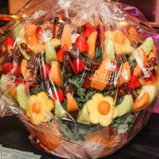fruits arrangements for a party edible arrangements 28 photos 89 reviews gift shops 380 3rd