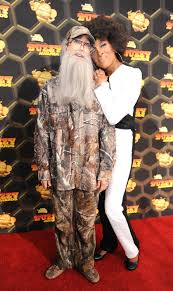 Duck Dynasty Halloween Costumes Uncle Duck Dynasty Lara Spencer Oprah Robin Roberts