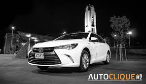 toyota white car toyota camry hybrid gl road tested it u0027s a nice day for a white