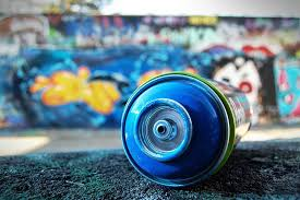 How To Graffiti With Spray Paint - spray painting u2013 tips and guidelines widewalls