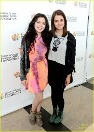 grace phipps and maia mitchell she is so cool i like hanging out
