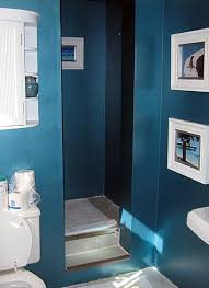 Small Toilets For Small Bathrooms by Bathroom Ideas On A Budget Easy Bathroom Makeovers