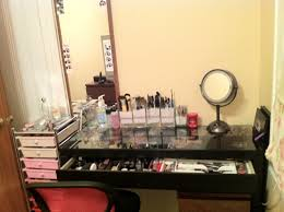 Mirrored Glass Vanity Mirrored Glass Makeup Vanity Set With Lighting And Foamy Chair