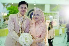 wedding dress surabaya kebaya resepsi retno by laksmi 0817 0370 7670 by laksmi
