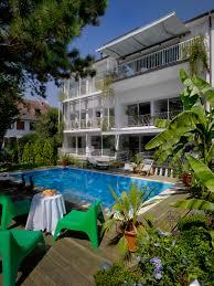 hotel qui recrute femme chambre l hôtel villa novarina à strasbourg recrute