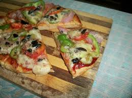 Stovetop Pizza Oven Whole Wheat Vegetable Pizza Made On Stove Top No Yeast No Oven