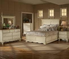 Storage Bed Sets King Hillsdale Wilshire 4 Panel Storage Bedroom Set In Antique