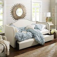 Girls Day Beds by Best 25 Trundle Daybed Ideas On Pinterest Girls Daybed Daybed
