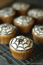 i heart baking halloween cupcakes pumpkin cupcakes with