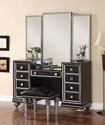 Black Mirrored Bedroom Furniture by Bedroom Unique Pattern Wynwood Furniture For Gorgeous Home