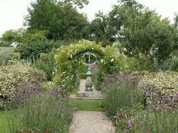 mrs wilkes dining room savannah cubo et excubo kellie castle garden
