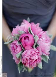 wedding bouquet flowers by season