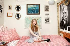dorm room decor tour college student augusta dayton u0027s dorm room