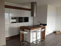 cuisine fonctionnelle petit espace cuisine petit espace design maison design bahbe com