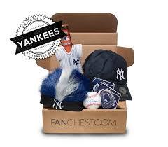 new york gift baskets 37 best new york yankees gift ideas images on new york