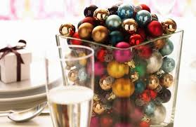 Christmas Table Decoration Ideas Beads by 25 Christmas Table Decorating Ideas Digsdigs