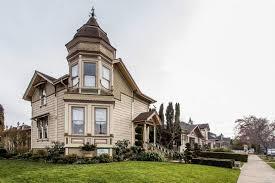 historic petaluma queen anne victorian on the market for 915 000