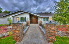 43 best bungalow style images on pinterest craftsman bungalows