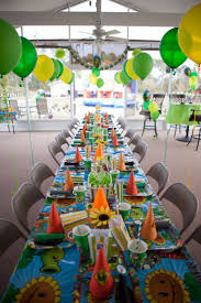 Table Decoration Ideas For Birthday Party by Best 25 Plants Vs Zombies Ideas On Pinterest Plant Zombie