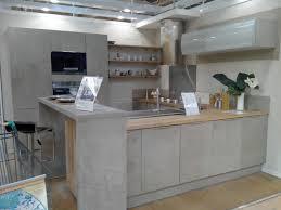 cuisine beton cuisine en inspirations et cuisine effet beton photo doperdoll com