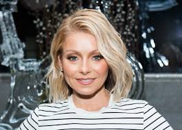 trading spaces host where is kelly ripa today find out why she missed live with kelly