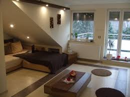 Wohnzimmer Vorwand Mit Deko Nische Die Dachschräge Möbel Und Farbe Für Schräge Dächer Schöner