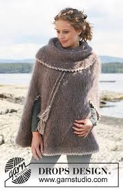 drops design poncho friar s robe drops 110 11 free knitting patterns by drops design