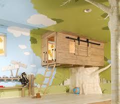 chambre enfant cabane déco de chambre d enfant la cabane intérieure