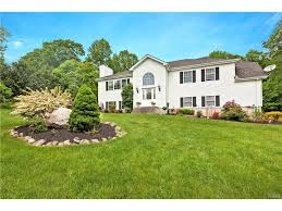 homes for sale with pools in mahopac inground pools in mahopac ny