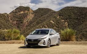 Toyota Prius Interior Dimensions 2017 Toyota Prius Prime Release Date Price And Specs Roadshow