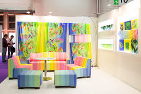 Strong Growth Continues For Digital Textile Printing Sign Media