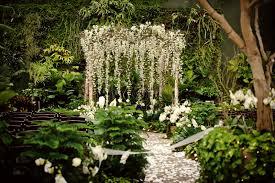 Arche Fleurie Mariage Décor De Fleurs Suspendues Blog French Antique Wedding Blog